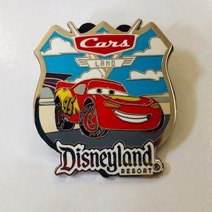 🚗Cars🏎Land Disneyland Resort Collectible Pin